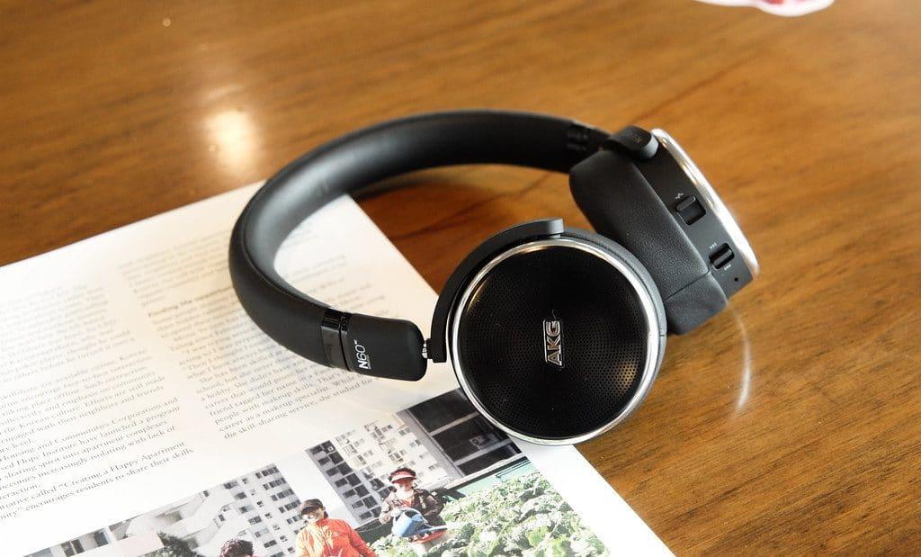 How Long Do Bluetooth Headphones Last Red Diamond Audio