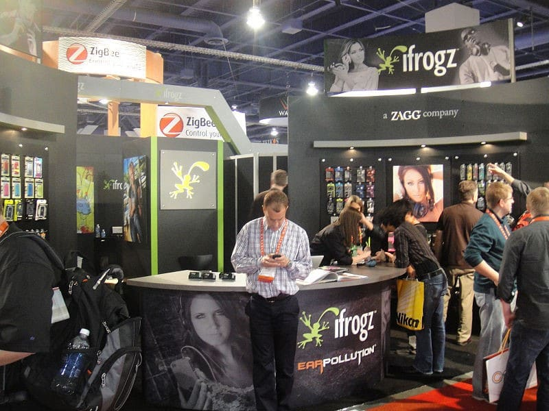 An IFROGZ outlet